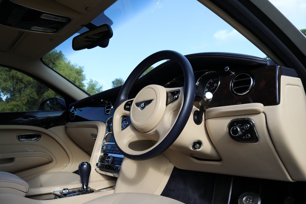2013 BENTLEY MULSANNE -PREMIER SPEC- Wanted (picture 4 of 6)