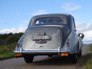 1955 Bentley R-Type Saloon