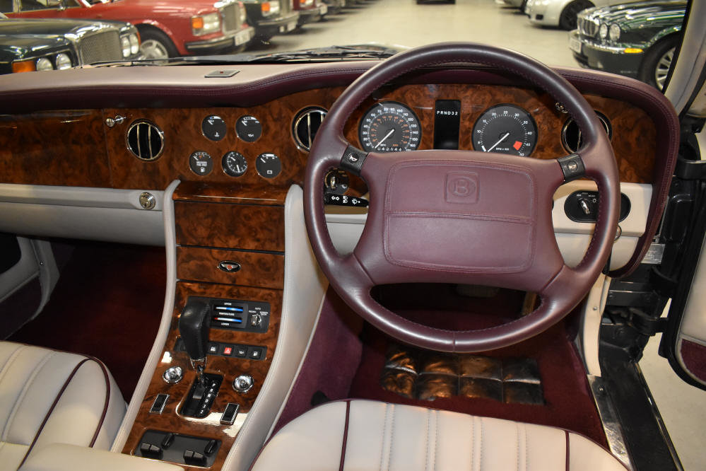 1996 Immaculate low mileage car with superb history For Sale (picture 5 of 6)