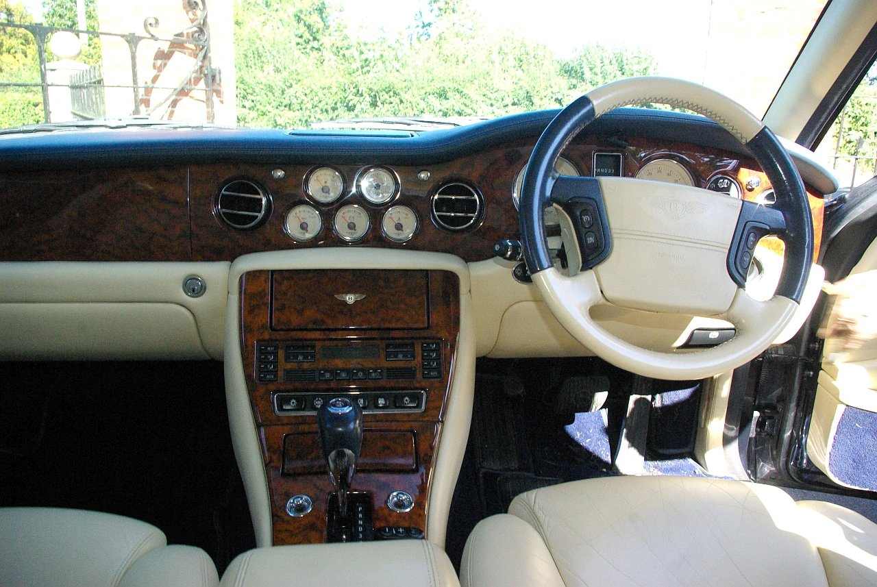 2000 Bentley Arnage Red Label 66k miles For Sale (picture 5 of 6)