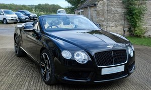 2013 Bentley continental V8 Convertible