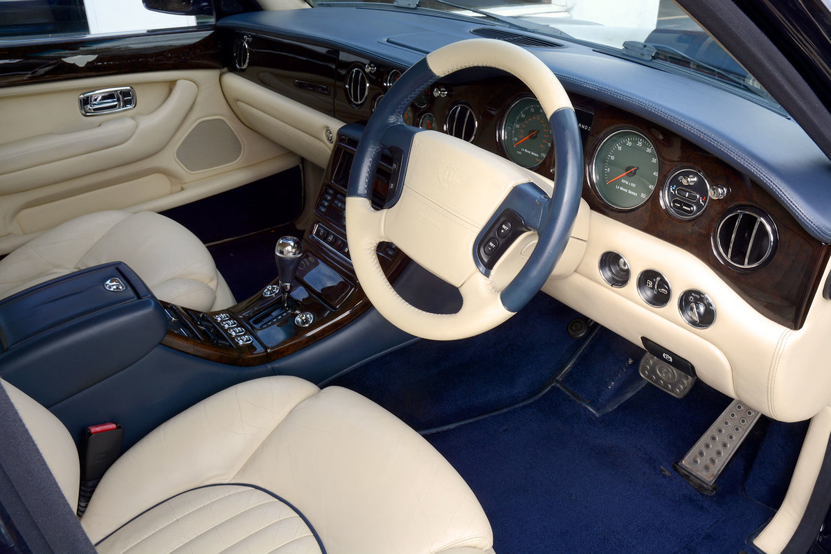 2001 Bentley Arnage Red Label Le Mans For Sale (picture 2 of 6)