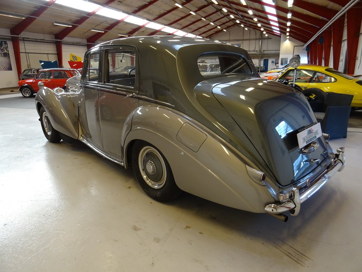 1952 Bentley  R Type For Sale (picture 3 of 6)