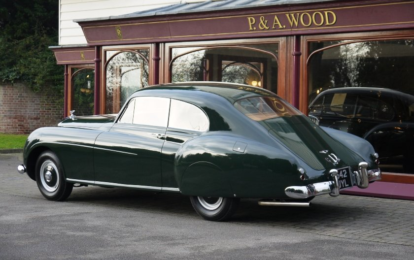 Bentley R-Type Continental 1953 Fastback by H.J.Mulliner For Sale (picture 6 of 6)