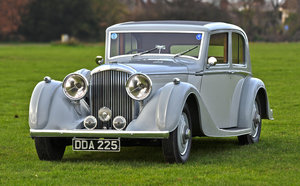 1939 1940 Derby Bentley MX series Vanden Plas overdrive Pillarles