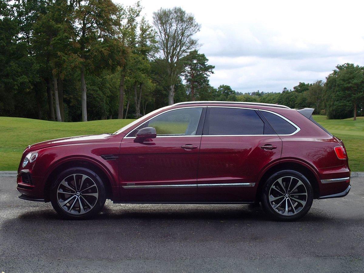 2017 Bentley  BENTAYGA  V8 DIESEL MULLINER AUTO  109,948 For Sale (picture 2 of 24)