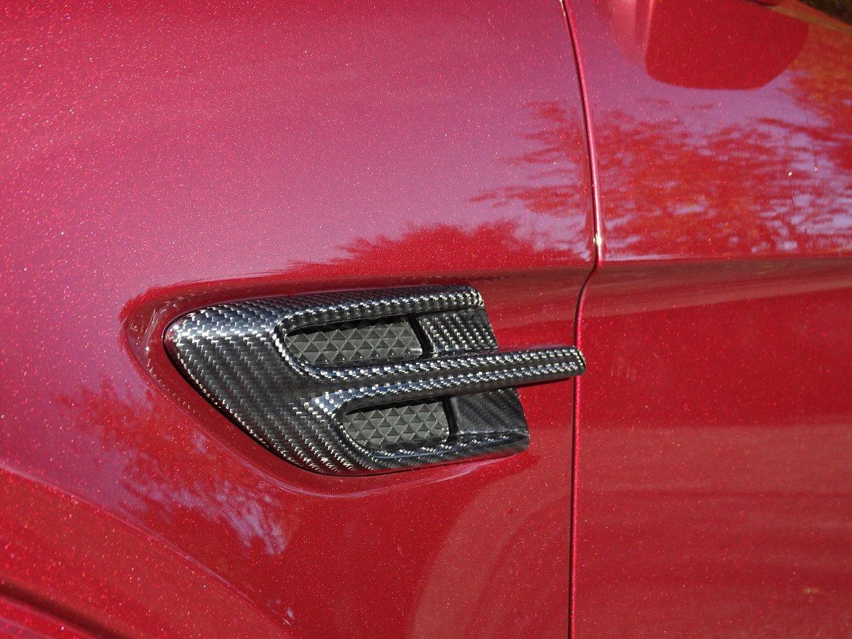 2017 Bentley  BENTAYGA  V8 DIESEL MULLINER AUTO  109,948 For Sale (picture 12 of 24)