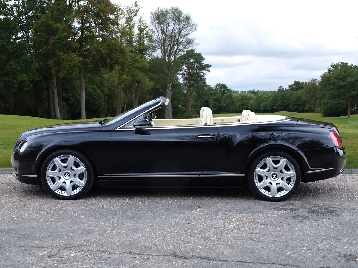 2008 Bentley  CONTINENTAL GTC  MULLINER CABRIOLET AUTO  32,948 For Sale (picture 2 of 24)