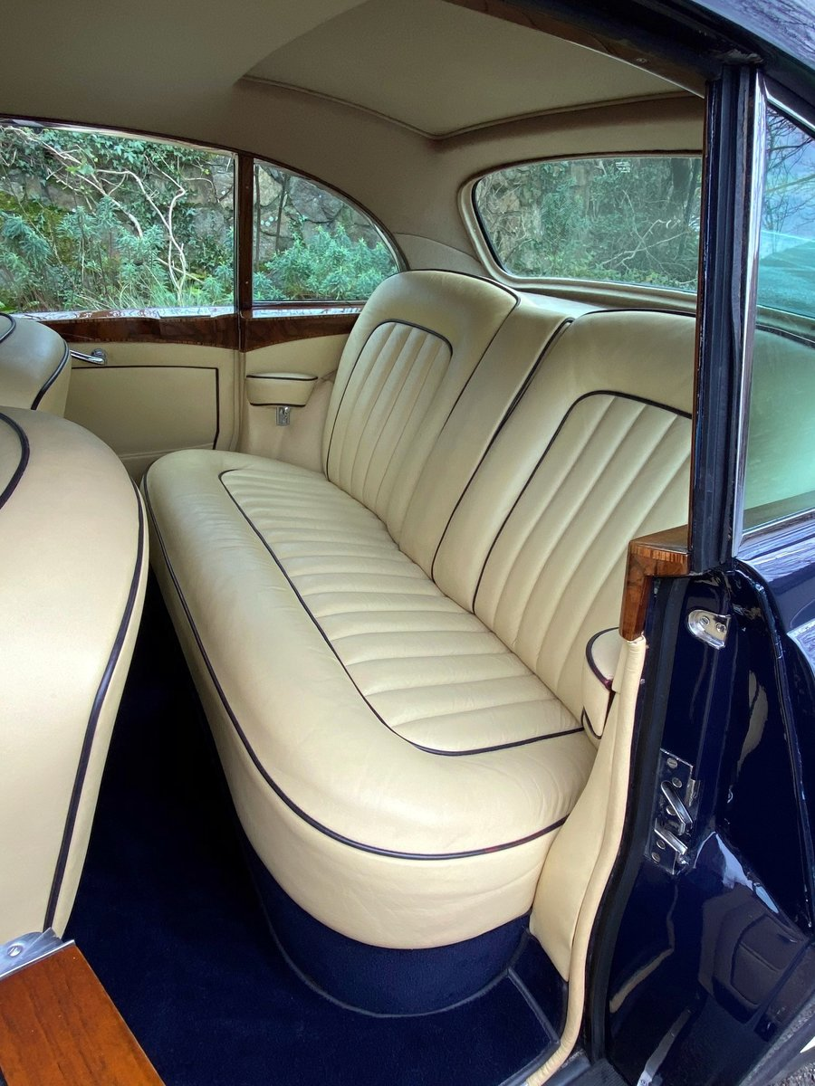 """1959 Bentley S1 Continental H. J. Mulliner """"Flying Spur"""" BC28FM For Sale (picture 3 of 6)"""