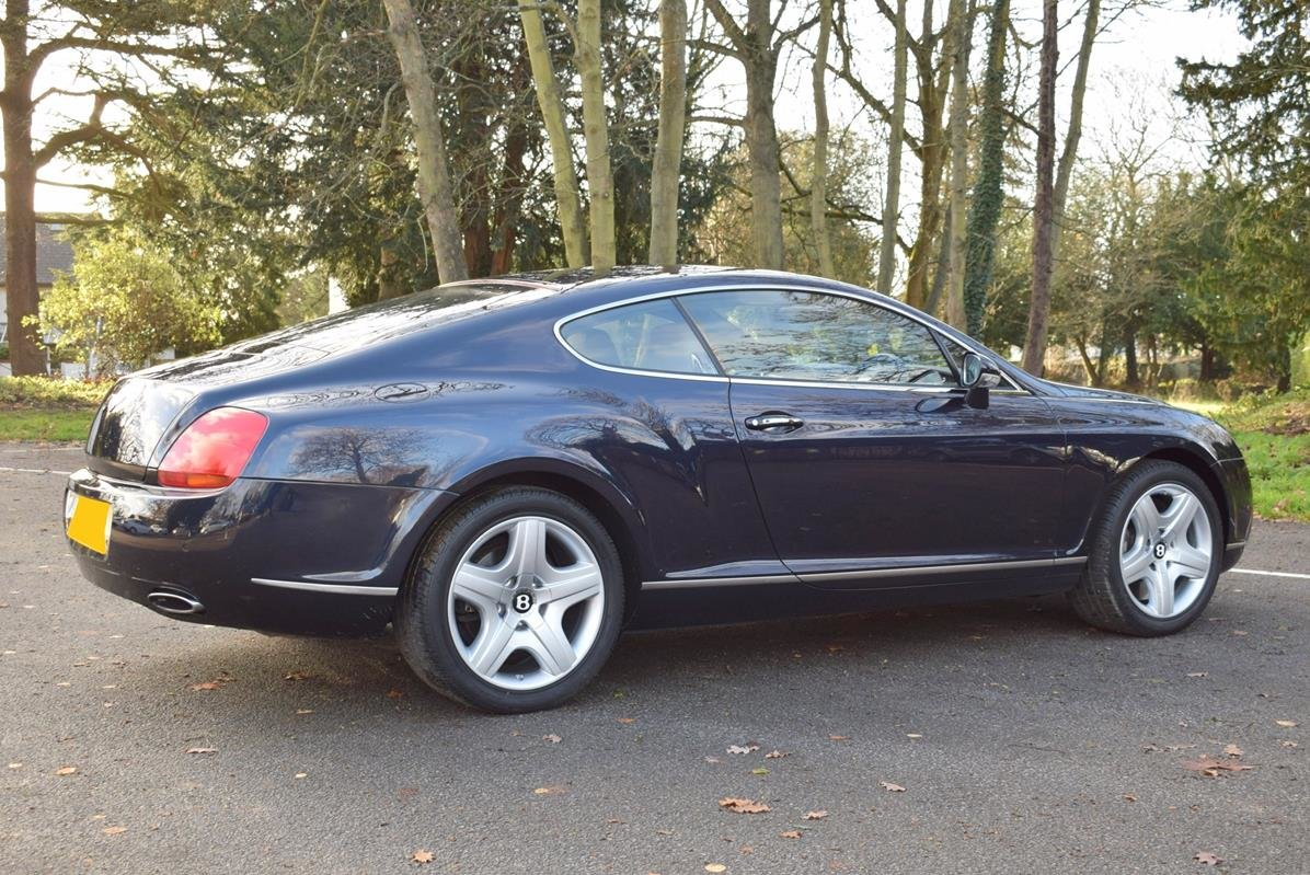 2004/54 Bentley Continental GT in Sapphire Blue For Sale (picture 4 of 6)