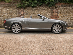 2013 Bentley    Continental GTC W12 Mulliner