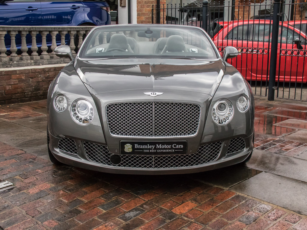 2013 Bentley    Continental GTC W12 Mulliner For Sale (picture 3 of 18)