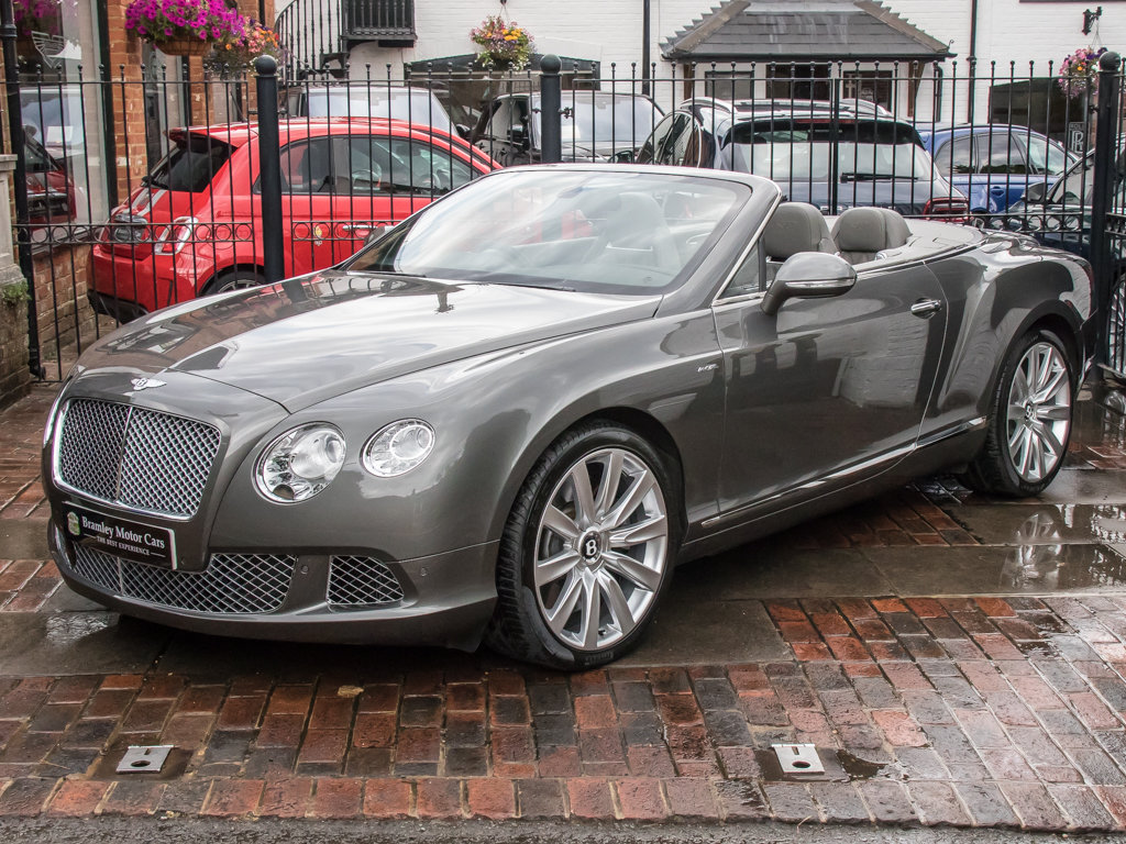 2013 Bentley    Continental GTC W12 Mulliner For Sale (picture 4 of 18)