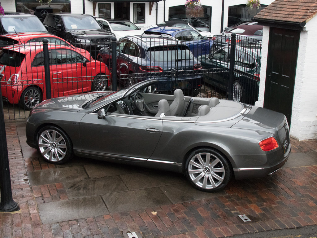 2013 Bentley    Continental GTC W12 Mulliner For Sale (picture 9 of 18)