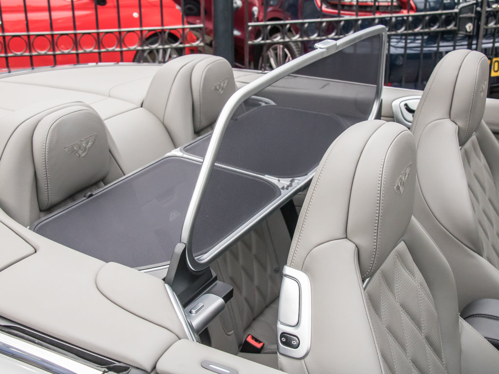 2013 Bentley    Continental GTC W12 Mulliner For Sale (picture 17 of 18)