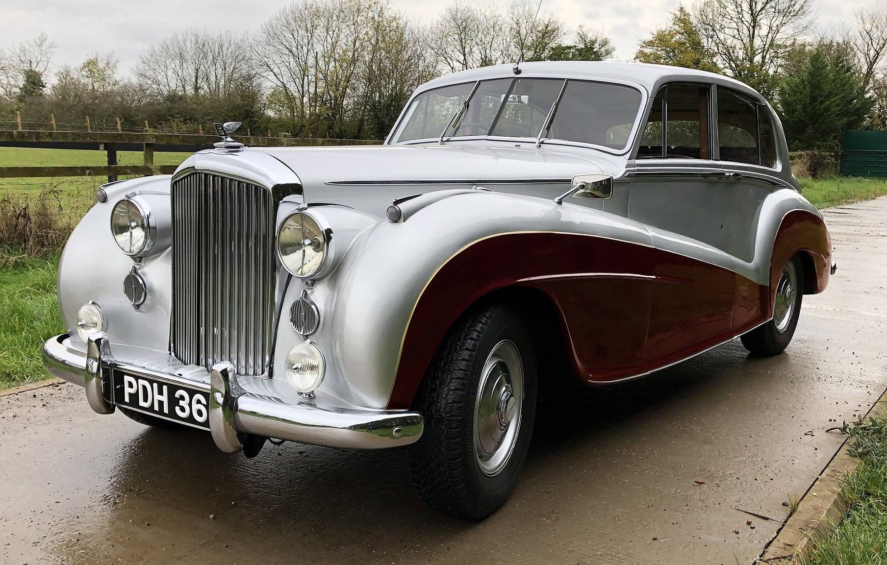 1951 Bentley MKVI   Mulliner Lightweight-offers invited SOLD (picture 1 of 6)