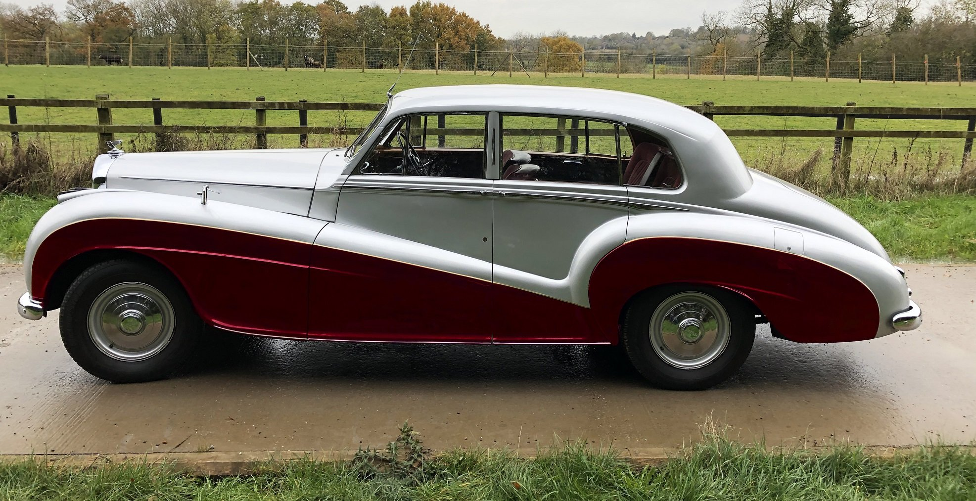 1951 Bentley MKVI   Mulliner Lightweight-offers invited SOLD (picture 5 of 6)