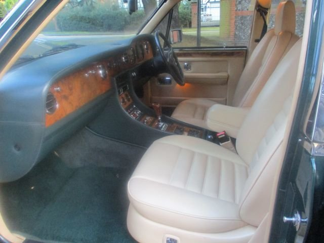 1993 Bentley Turbo R Floor Change mdl  74,400 Miles Stunning For Sale (picture 2 of 21)