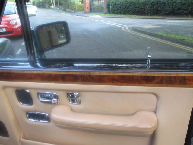 1993 Bentley Turbo R Floor Change mdl  74,400 Miles Stunning For Sale (picture 9 of 21)