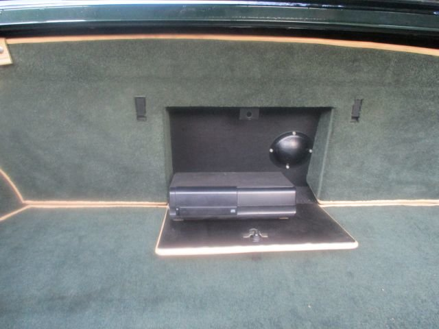 1993 Bentley Turbo R Floor Change mdl  74,400 Miles Stunning For Sale (picture 12 of 21)