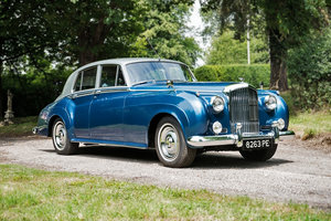 1957 Bentley S1 Standard Steel Saloon with 44 years of history For Sale