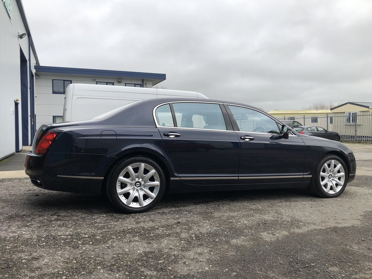 2005 NOW SOLD!    BENTLEY CONTINENTAL FLYING SPUR (picture 1 of 6)