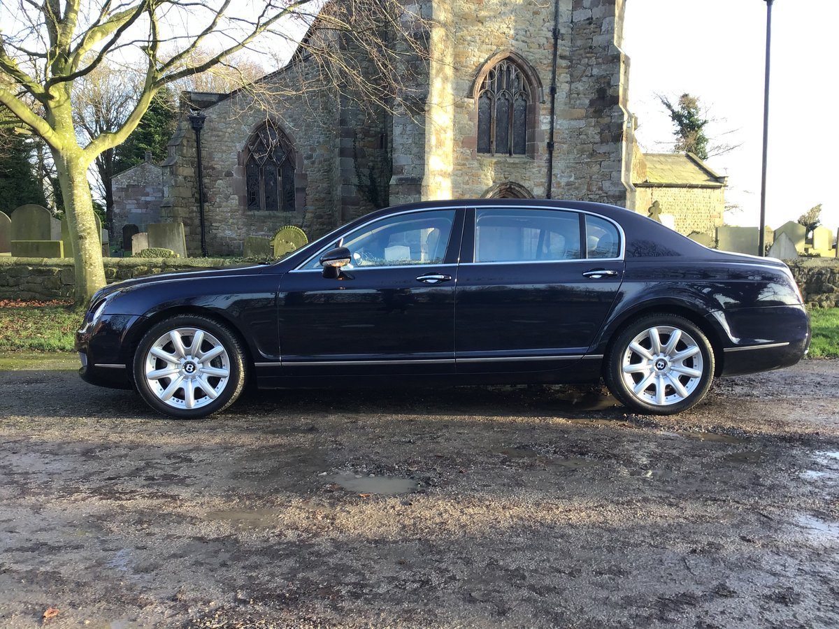 2005 NOW SOLD!    BENTLEY CONTINENTAL FLYING SPUR (picture 2 of 6)