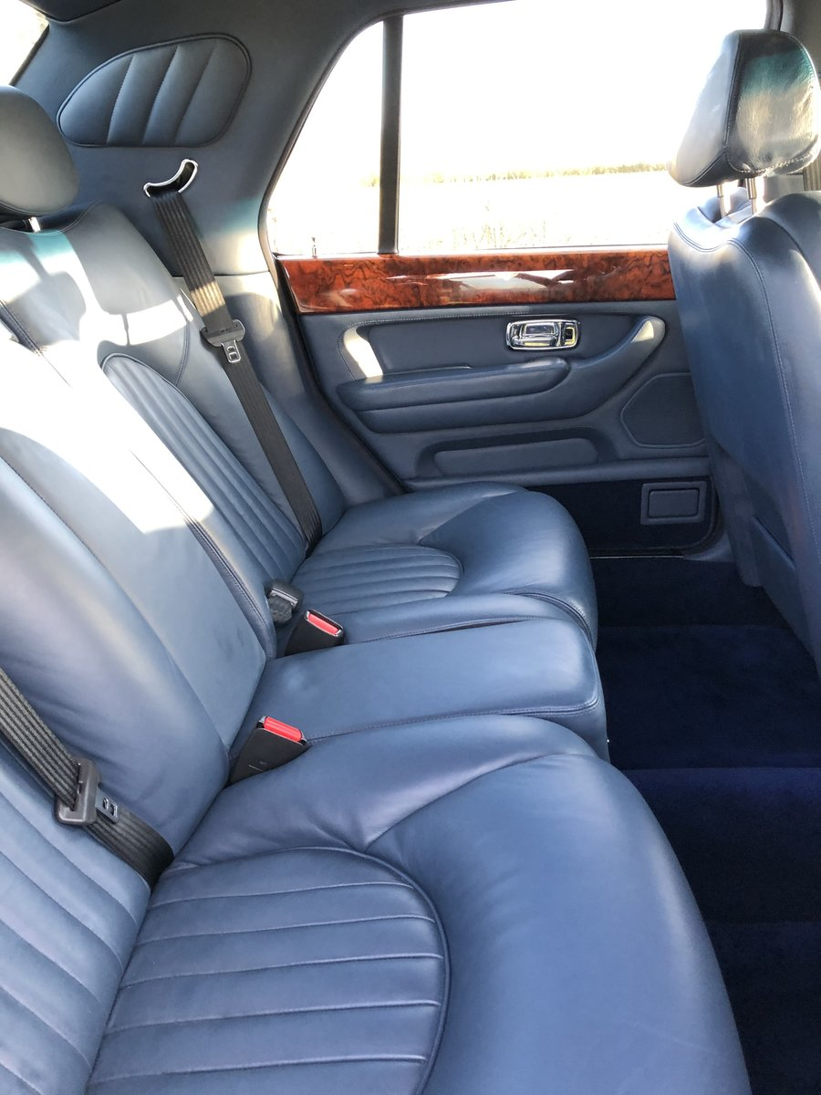 2000 Bentley Arnage Red Label 37,000 miles,  For Sale (picture 6 of 6)