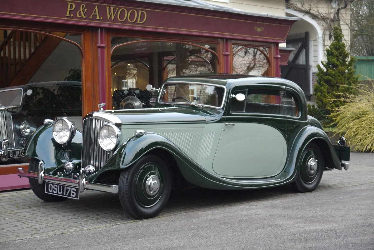 Bentley 4 ¼ litre 1937 Pillarless Coupe by Gurney Nutting For Sale (picture 1 of 6)