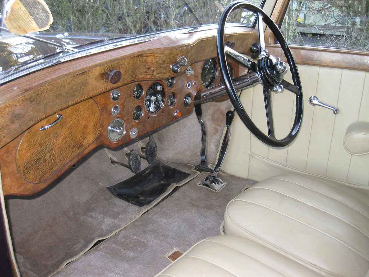 1937 Bentley 4.25 Pillarless Sports Saloon For Sale (picture 3 of 6)
