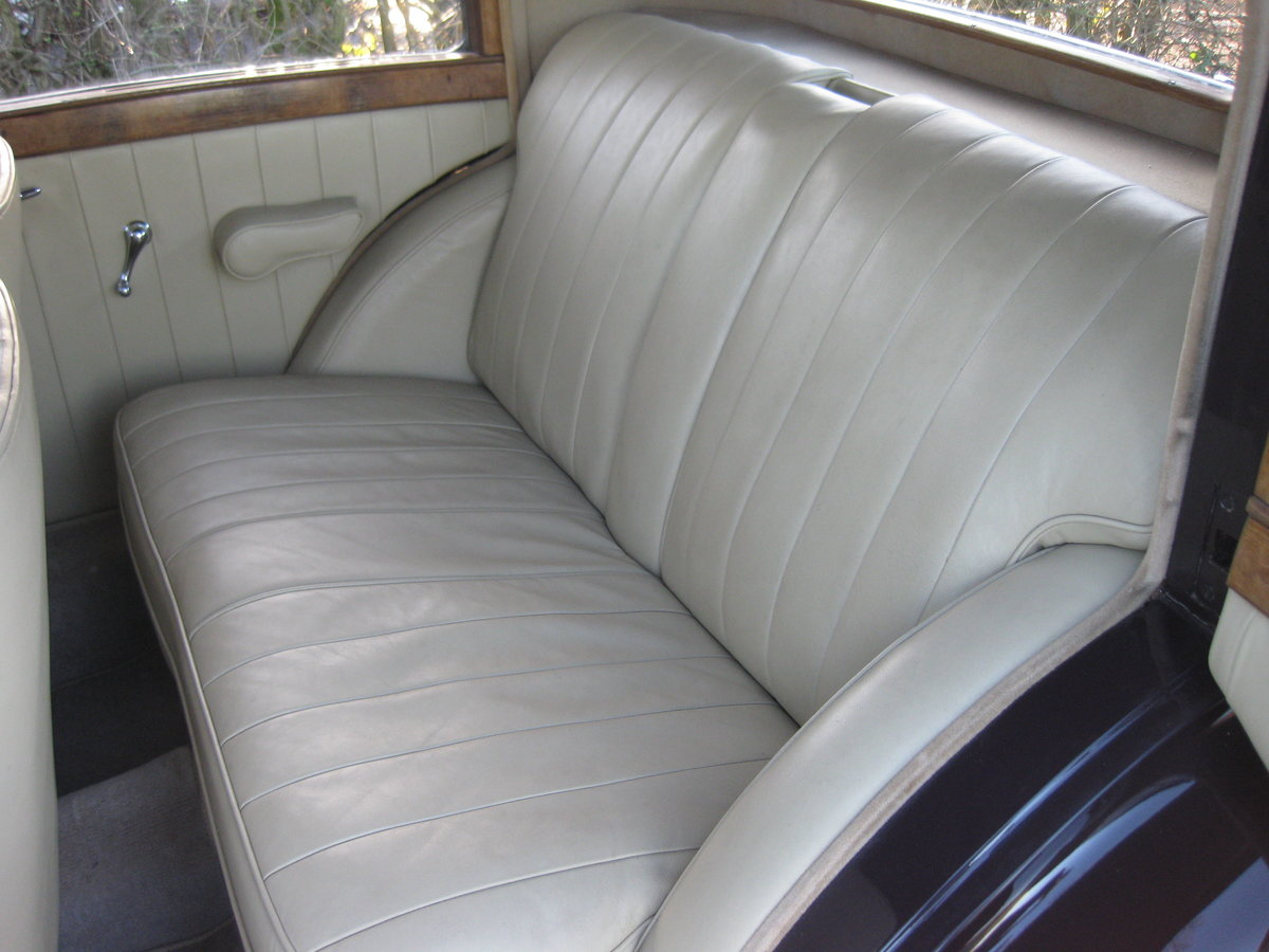 1937 Bentley 4.25 Pillarless Sports Saloon For Sale (picture 4 of 6)