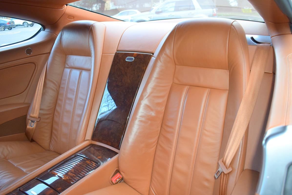 2004/04 Bentley Continental GT in Spruce Green Metallic For Sale (picture 3 of 6)