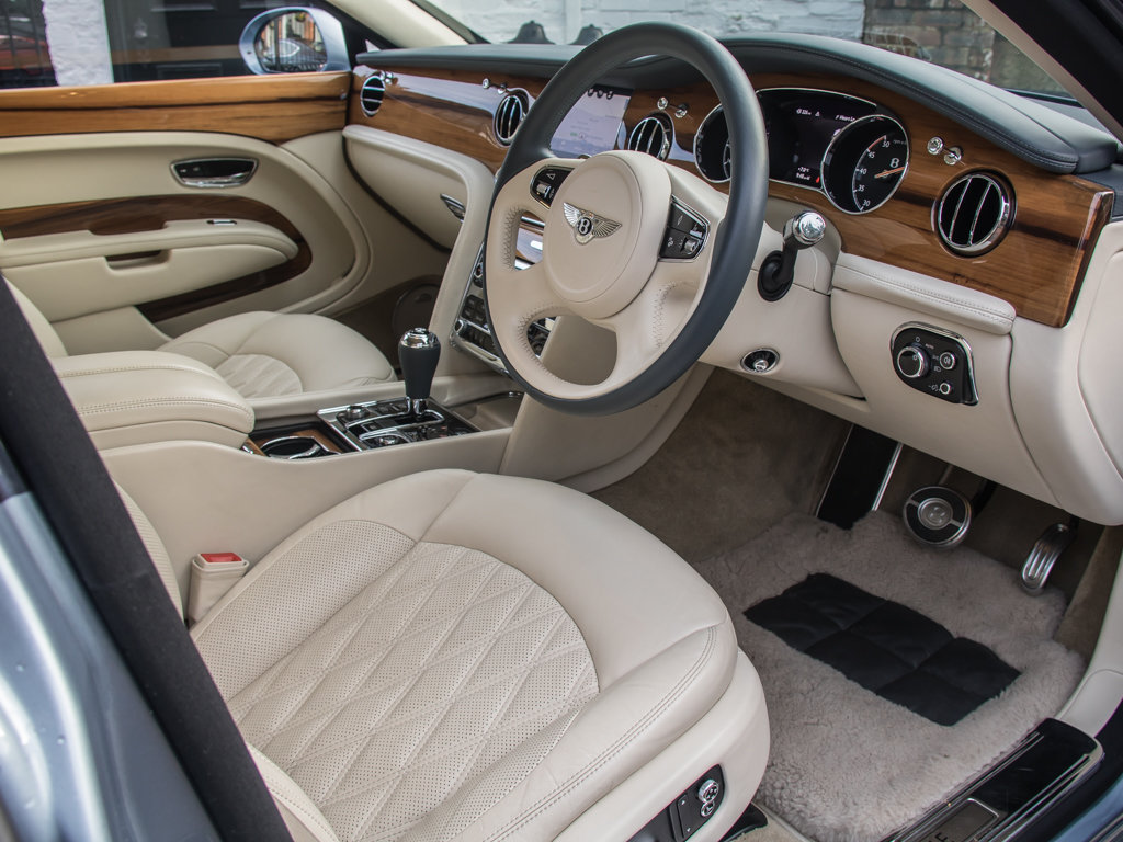 2017 Bentley  Mulsanne  Mulsanne Extended Wheelbase  For Sale (picture 11 of 18)