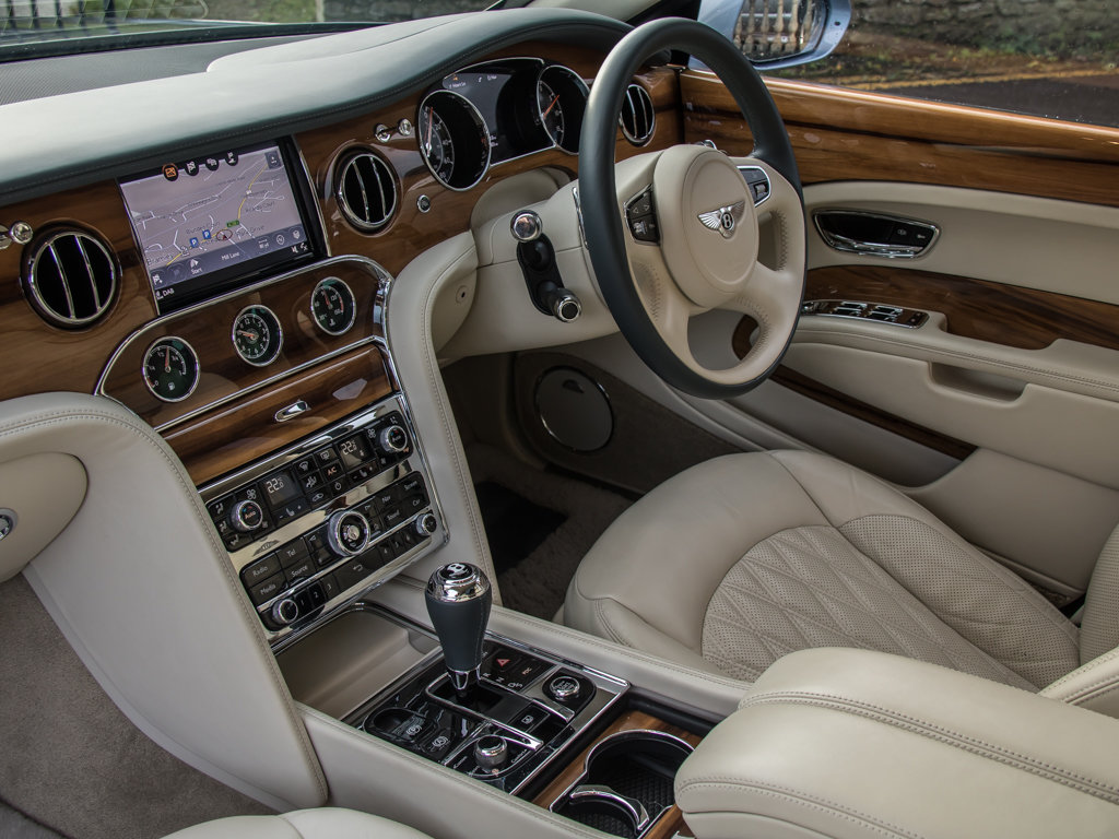 2017 Bentley  Mulsanne  Mulsanne Extended Wheelbase  For Sale (picture 17 of 18)