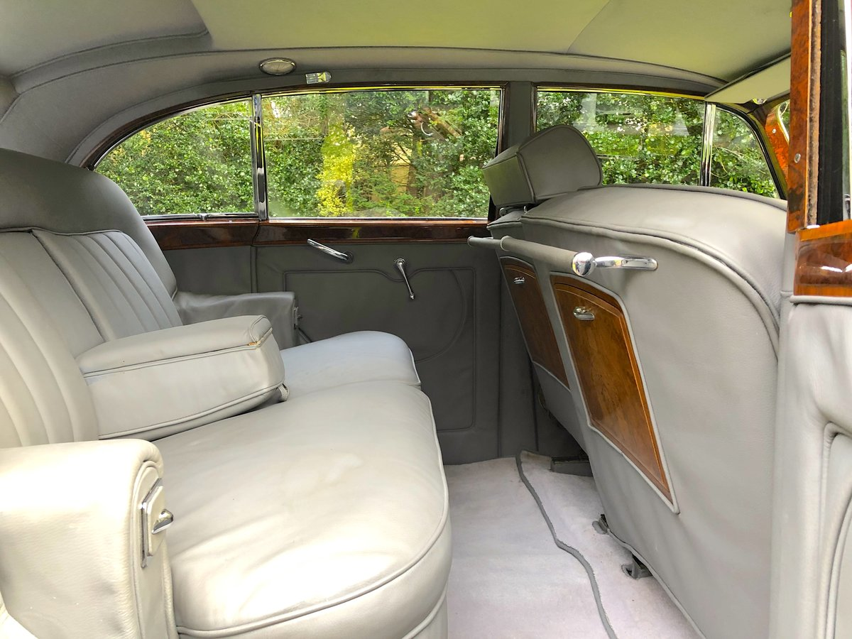 1952 Bentley R Type James Young Sports Saloon  For Sale (picture 6 of 6)