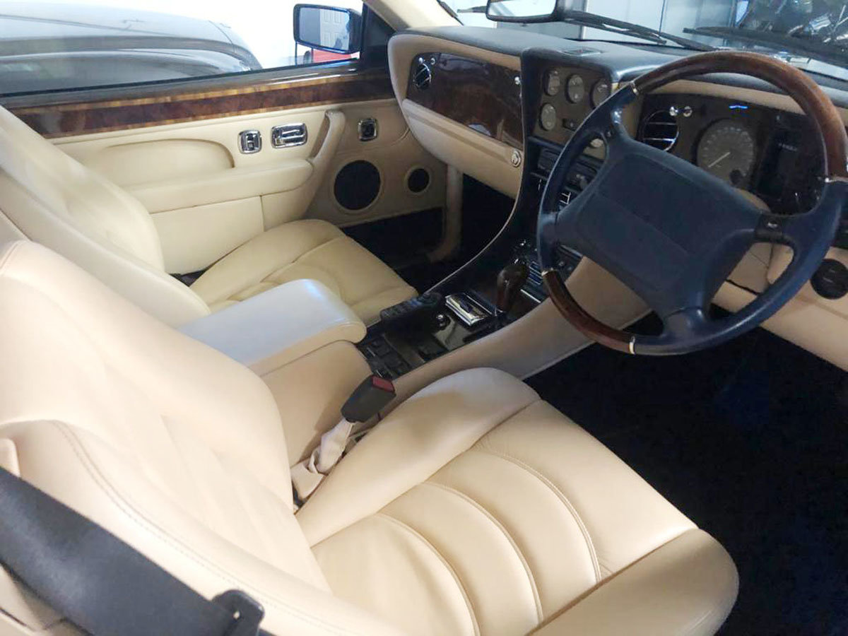 1999 Bentley Azure 6.8 Turbo 22 Feb 2020 For Sale by Auction (picture 5 of 5)