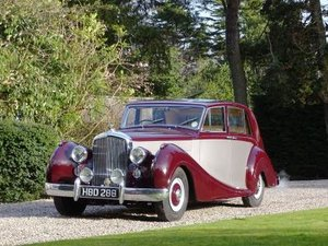 1952 Bentley MK VI Freestone & Webb Saloon