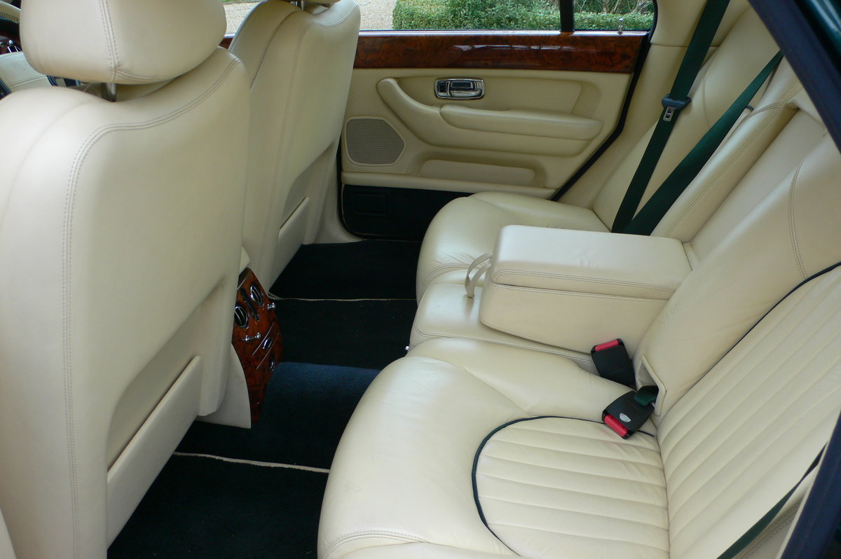 2000 Bentley Arnage Red Label For Sale by Auction (picture 5 of 6)