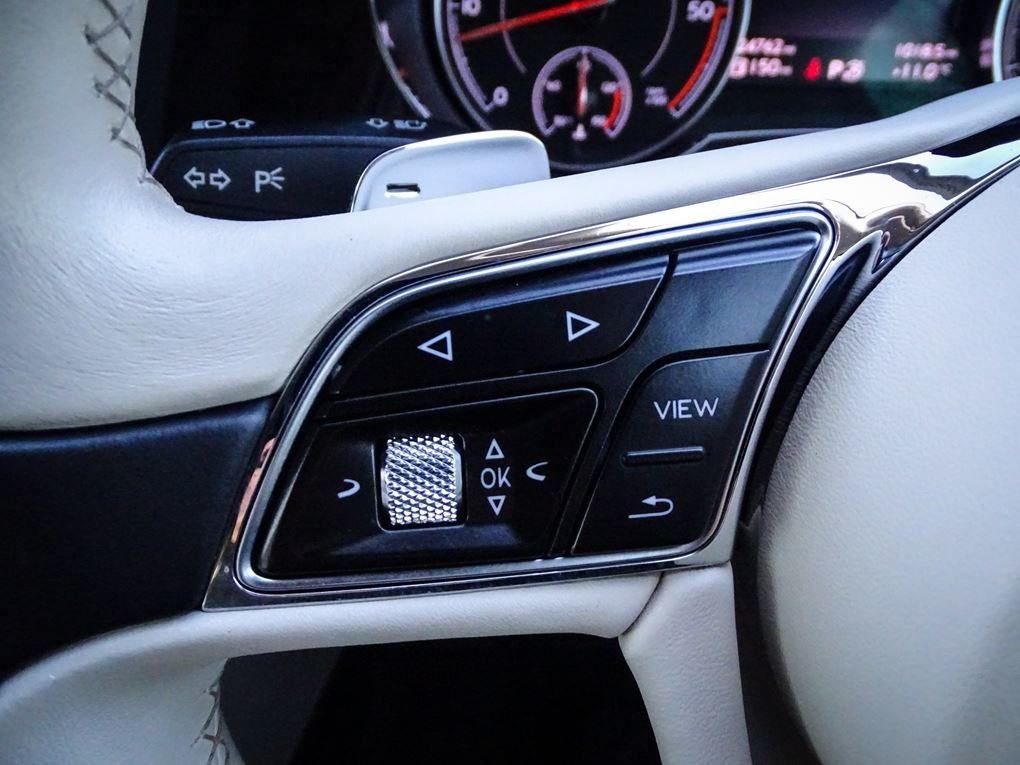 2017 Bentley  BENTAYGA  4.0 V8 DIESEL MULLINER AUTO  104,948 For Sale (picture 22 of 24)