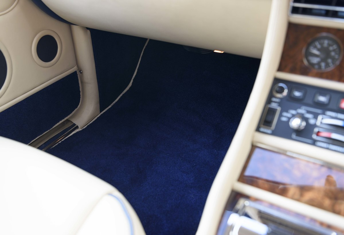 1996 Bentley Continental R (RHD) For Sale (picture 17 of 24)