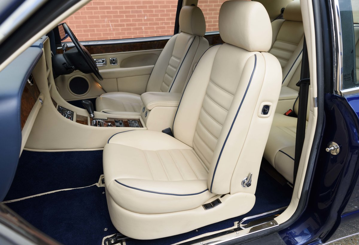 1996 Bentley Continental R (RHD) For Sale (picture 19 of 24)