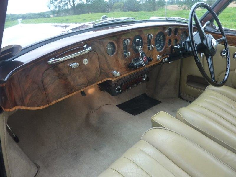 1956 Bentley S1 Continental Sports Saloon For Sale (picture 4 of 6)