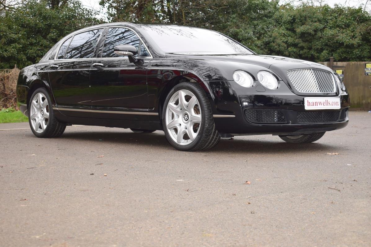 2007/56 Bentley Flying Spur Mulliner in Beluga For Sale (picture 1 of 6)
