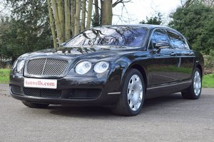 2006/06 Bentley Flying Spur in Diamond Black For Sale