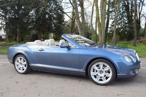 2010/10 Bentley Continental GTC Mulliner in Blue Crystal