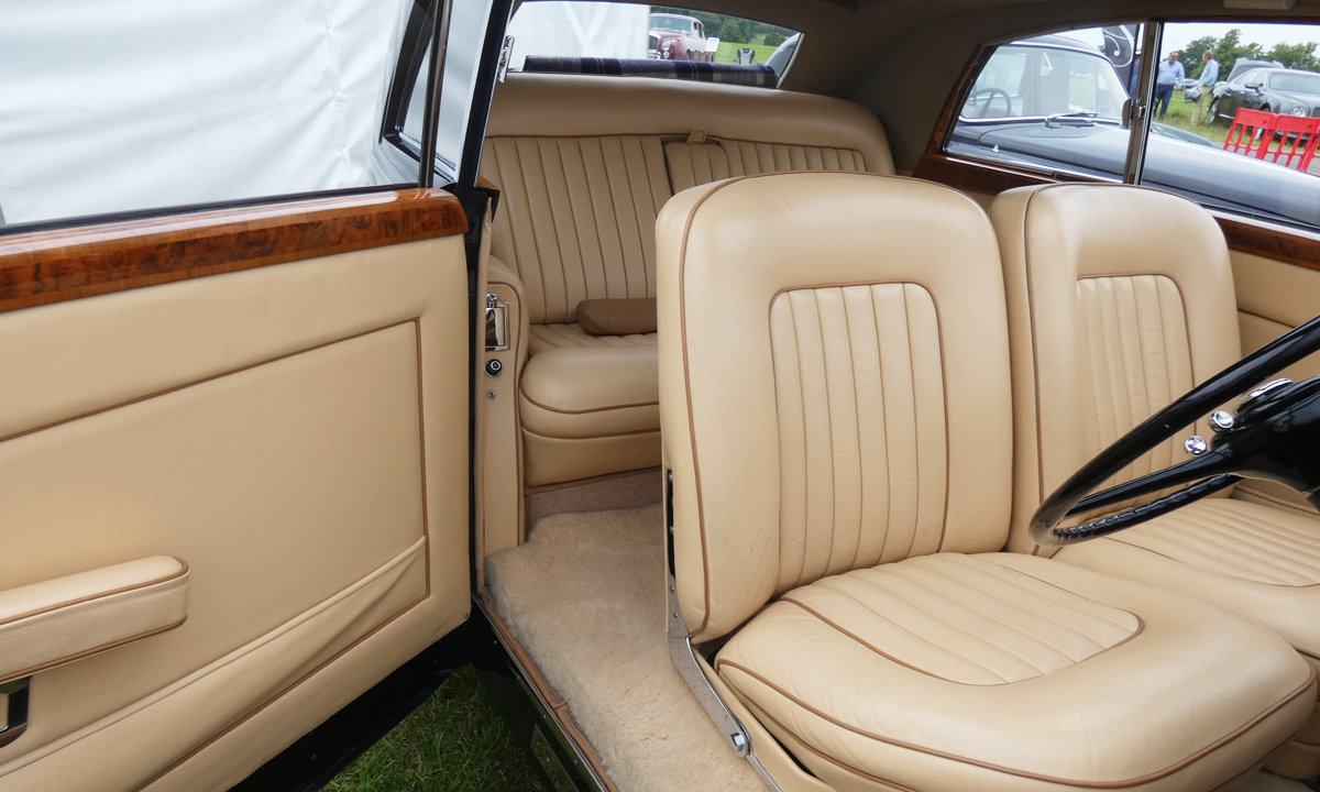 1949 Bentley MK VI by James Young  For Sale (picture 5 of 6)