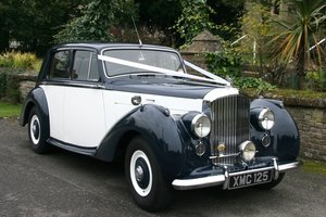 1951 BENTLEY MKV1 IN BLUE AND IVORY
