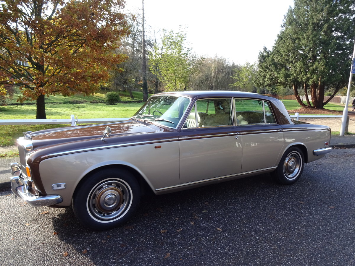 1974 Bentley T1 Auto Saloon For Sale (picture 1 of 6)
