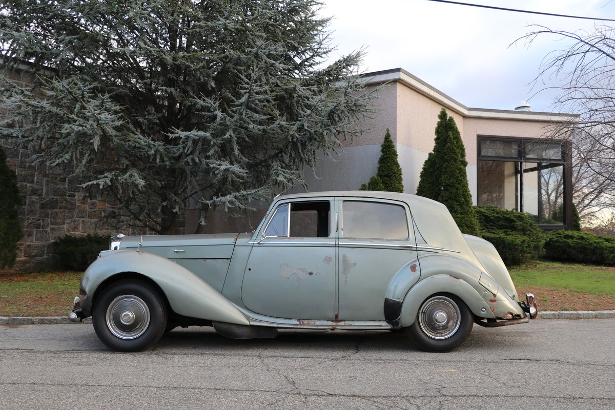 # 22719  1951 Bentley R-Type Left-Hand-Drive For Sale (picture 3 of 6)