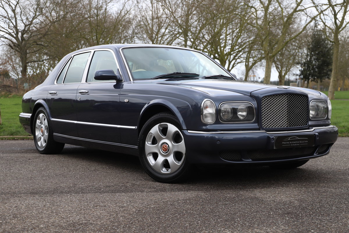 2000 Bentley Arnage 6.8 Red Label (IMMACULATE) SOLD (picture 1 of 6)